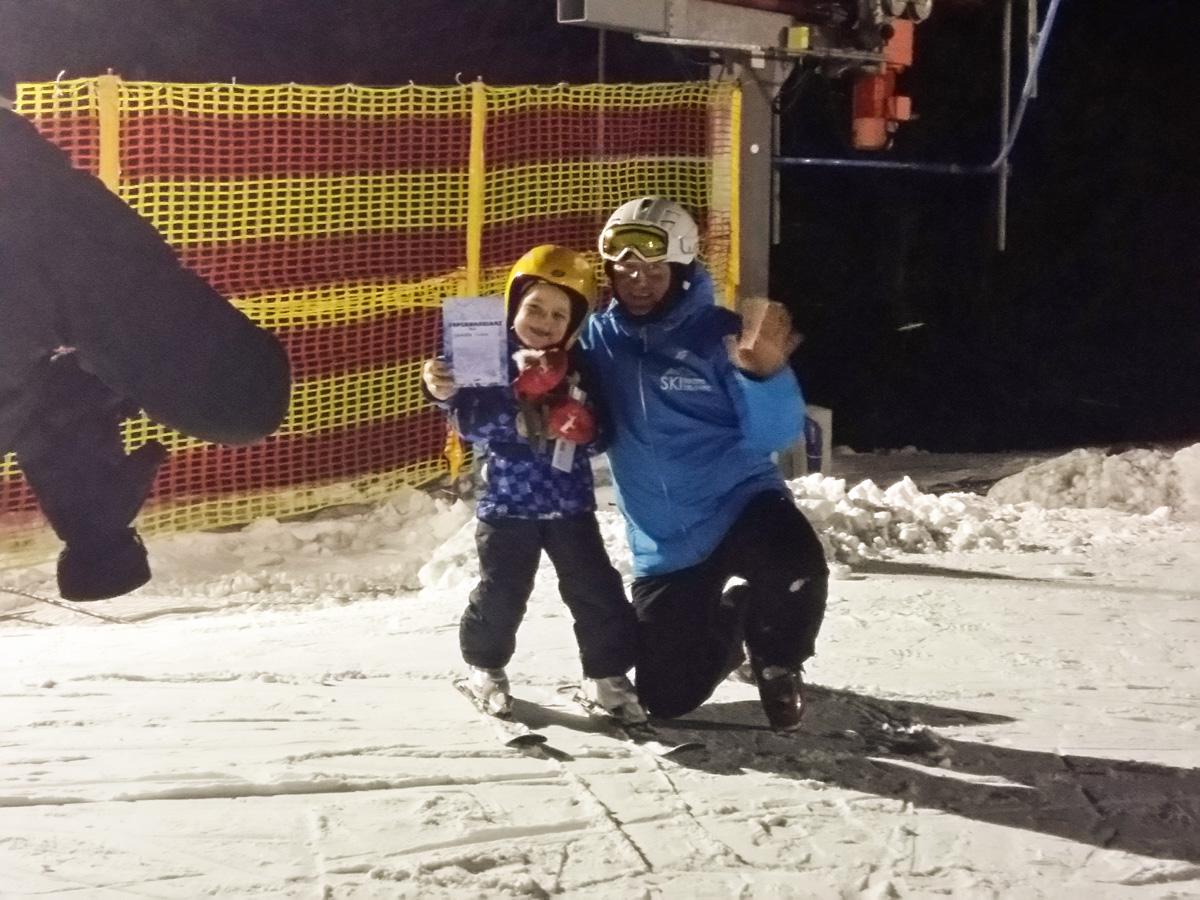 ski-team-zieleniec-wypozyczalnia-szkolka-2