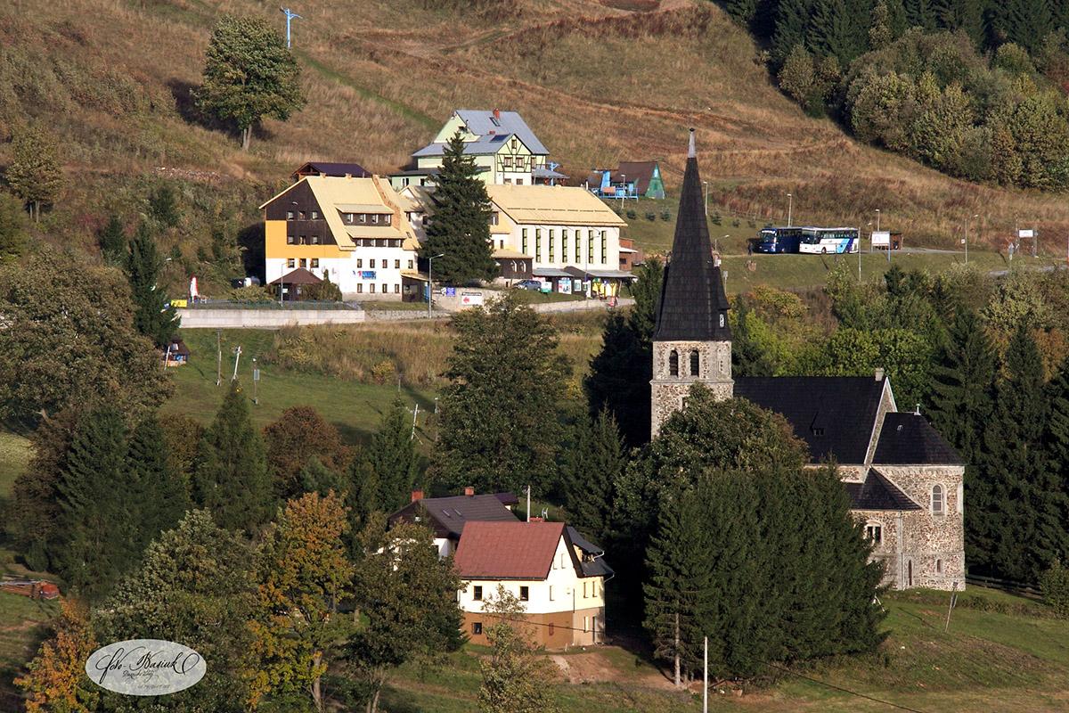 straszny-dwor-zieleniec-noclegi-013