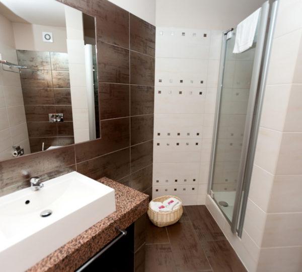 vital-spa-resort-szarotka-noclegi-zieleniec-2