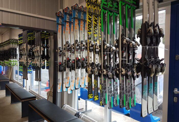wypozyczalnie-zieleniec-ski-arena-215