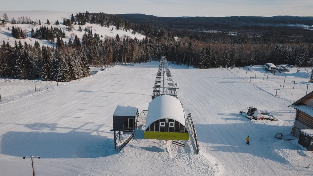 Stoki narciarskie w powiecie kłodzkim: Które już działają?